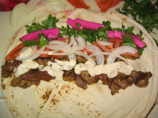 طريقة شاورما اللحم الشهية .....